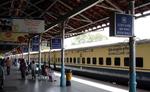 रेलवे स्टेशनों के विकास के लिए कर्ज देगा एसबीआई