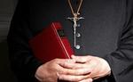 जर्मन कैथलिक चर्च ने यौन उत्पीड़न के हजारों पीड़ितों से माफी मांगी