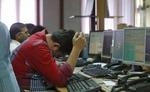 शेयर बाजार में गिरावट जारी - सेंसेक्स 160 और निफ्टी 34 अंक फिसला