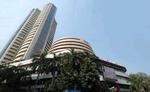 Share Market: Sensex 450 अंक से ज्यादा लुढ़का, इस कंपनी के शेयर में सबसे ज्यादा उछाल