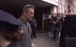 अभिनेता एलेक बाल्डविन ने गलती से कैमरामैन को गोली मारी
