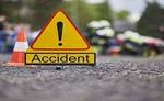 सड़क हादसे में दो युवकों की मौत, दो अन्य घायल