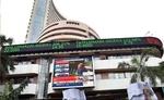 वैश्विक कारकों से घरेलू शेयर बाजार हुआ धड़ाम