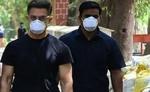 आमिर खान के बॉडीगार्ड की सैलरी किसी कंपनी के CEO से नहीं है कम, रकम सुन रह जाएंगे दंग