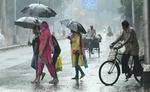 UP, दिल्ली, गुजरात सहित इन राज्यों में भारी बारिश का अलर्ट, जानें- देशभर का मौसम हाल