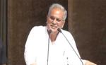 CM भूपेश बघेल का फिल्मी अंदाज, छत्तीसगढ़ी में बोले- 'कका अभी जिंदा है'